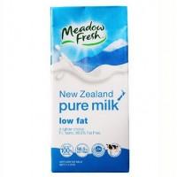 Sữa tươi Meadow Fresh Low Fat - 744